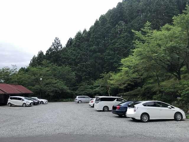 駐車場もガラ空きだぞ大丈夫か?2.jpg
